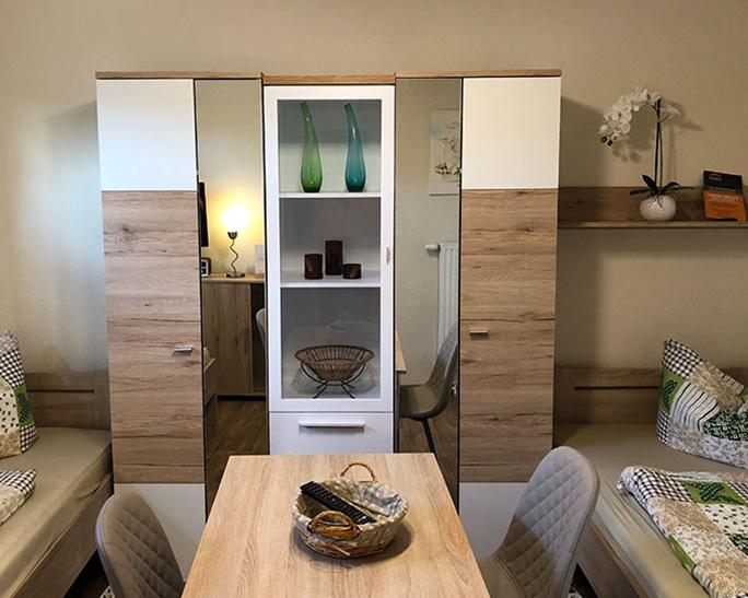 Ferienwohnungen im Erdgeschoss des Vorderhauses - Zimmer mieten in Nuthetal OT Saarmund bei Michendorf