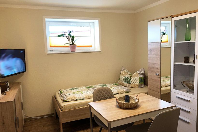 Zimmer 2 - Zimmervermietung für Pendler und Monteure