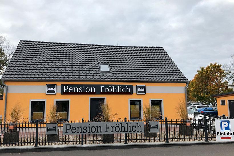 Haus - Pension Fröhlich - Ferienwohnungen in Nuthetal