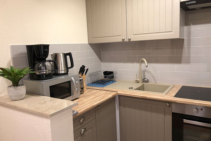 Küche- Zimmervermietung für Pendler und Monteure